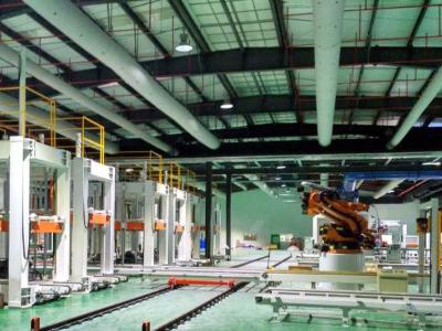 RGV高精细压机消费线协作案例
