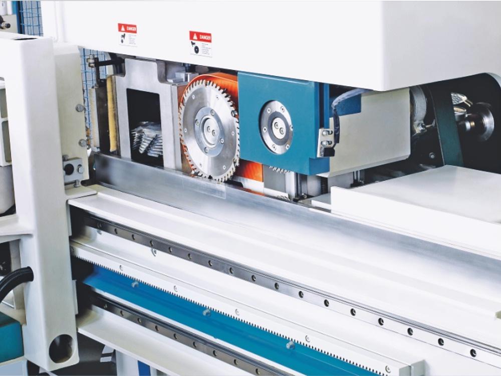 自动梳齿榫生产线  ML1560B